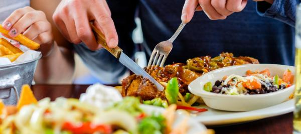 Eating dinner early – or skipping it – may improve metabolism