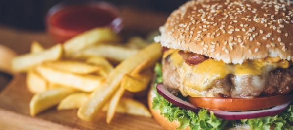 Eating fast food linked to infertility