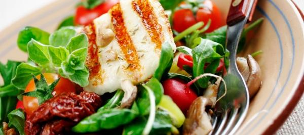 Plant-based diet, with fish, may lower colorectal cancer risk