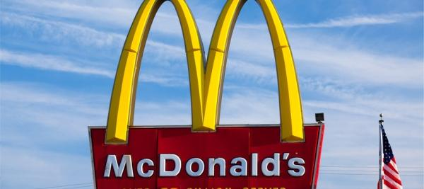McDonald's to remove corn syrup from buns, curbs antibiotics in chicken