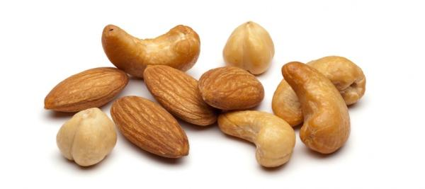 Regular snacking on nuts linked to low inflammation