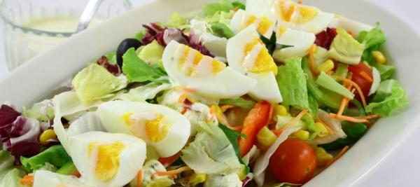 Toss eggs into salads to increase vitamin E absorption