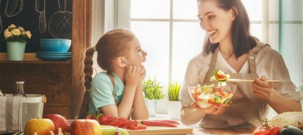 5 healthy habits help moms reduce obesity risk in kids