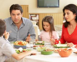 8 shortcuts to get families to the dinner table