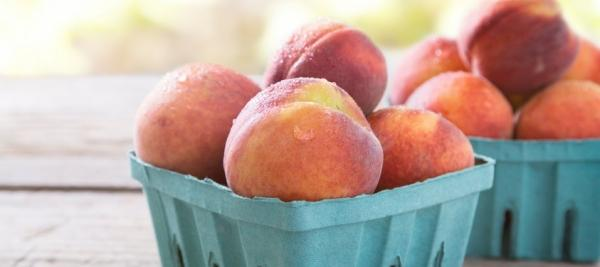 Peach Ice Cream with Vanilla-Scented Peaches