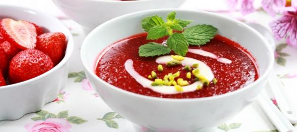 Creamy Cold Berry Soup