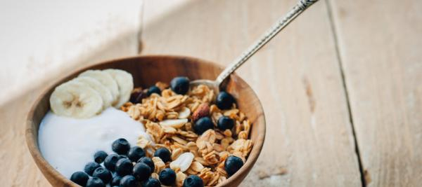 Blueberry Walnut Muesli with Rolled Oats and Flax