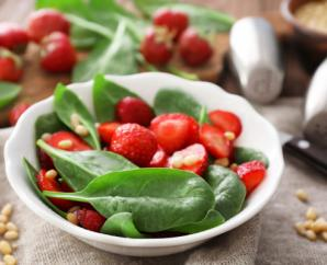 Spinach Salad with Strawberries, Pine Nuts and Champagne Vinaigrette